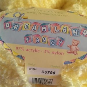 Plymouth Other - Fancy Yarn ❤️